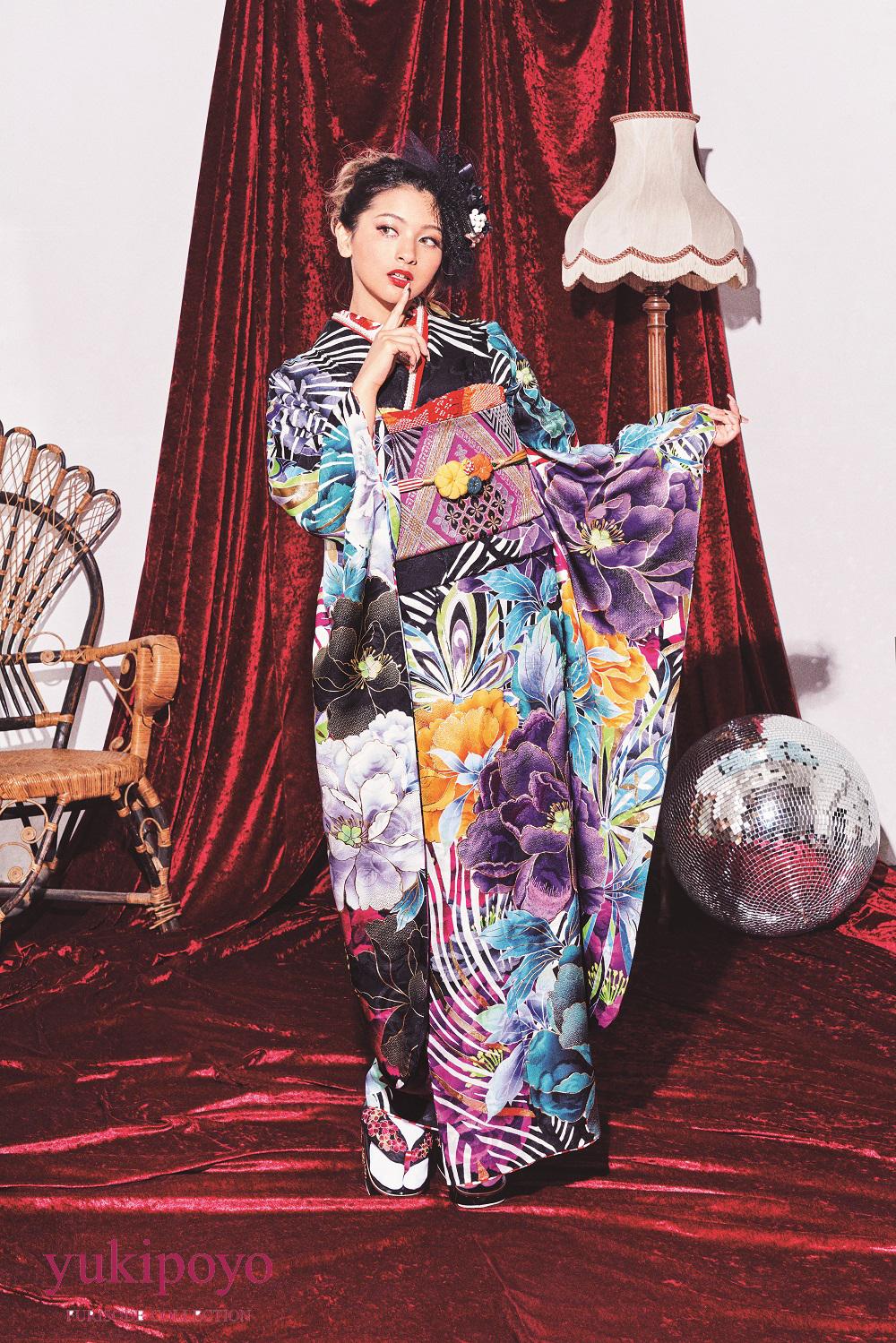ゆきぽよモデル 振袖 青紫